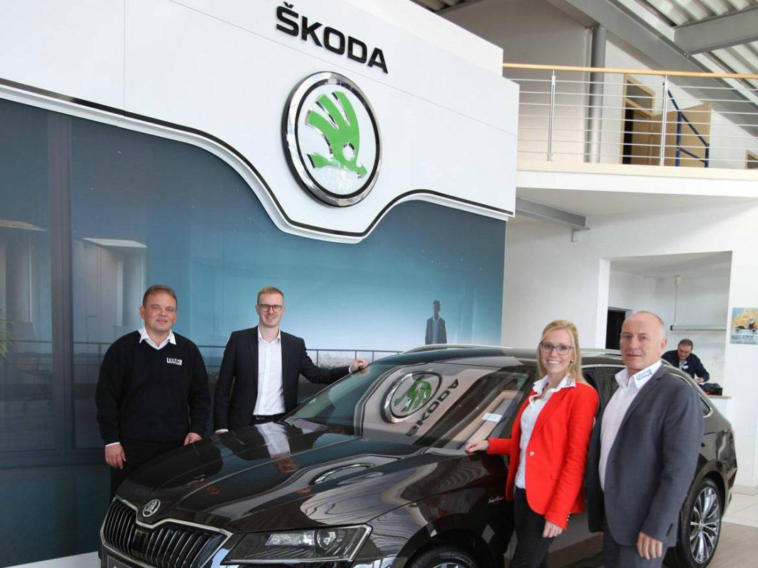 Familienzuwachs bei der Firmengruppe Löffler – das Škoda Autobilzentrum bildet die sechste Marke im Unternehmen. Foto: Stefan Pfister