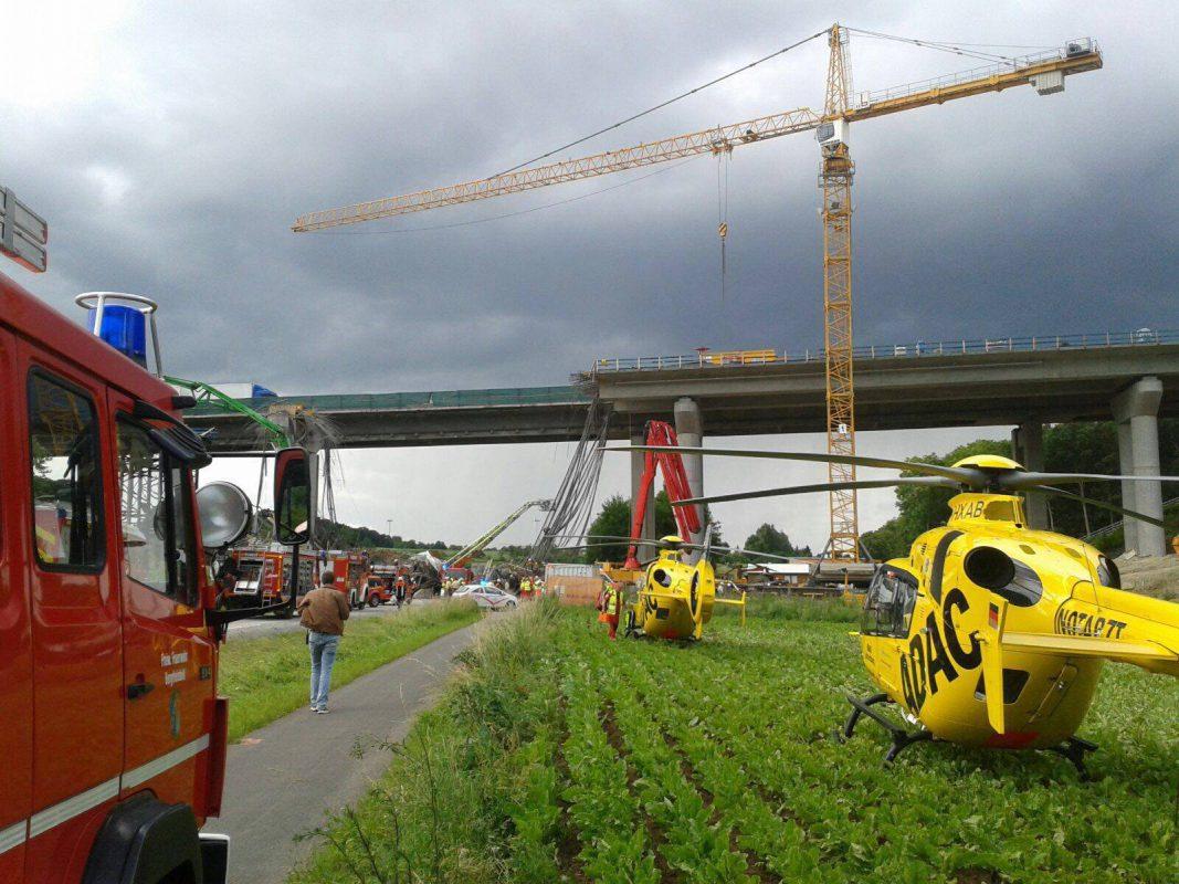 Ein Toter und mehrere Schwerverletzte bei Einbruch der Brücke - Foto: Anonym
