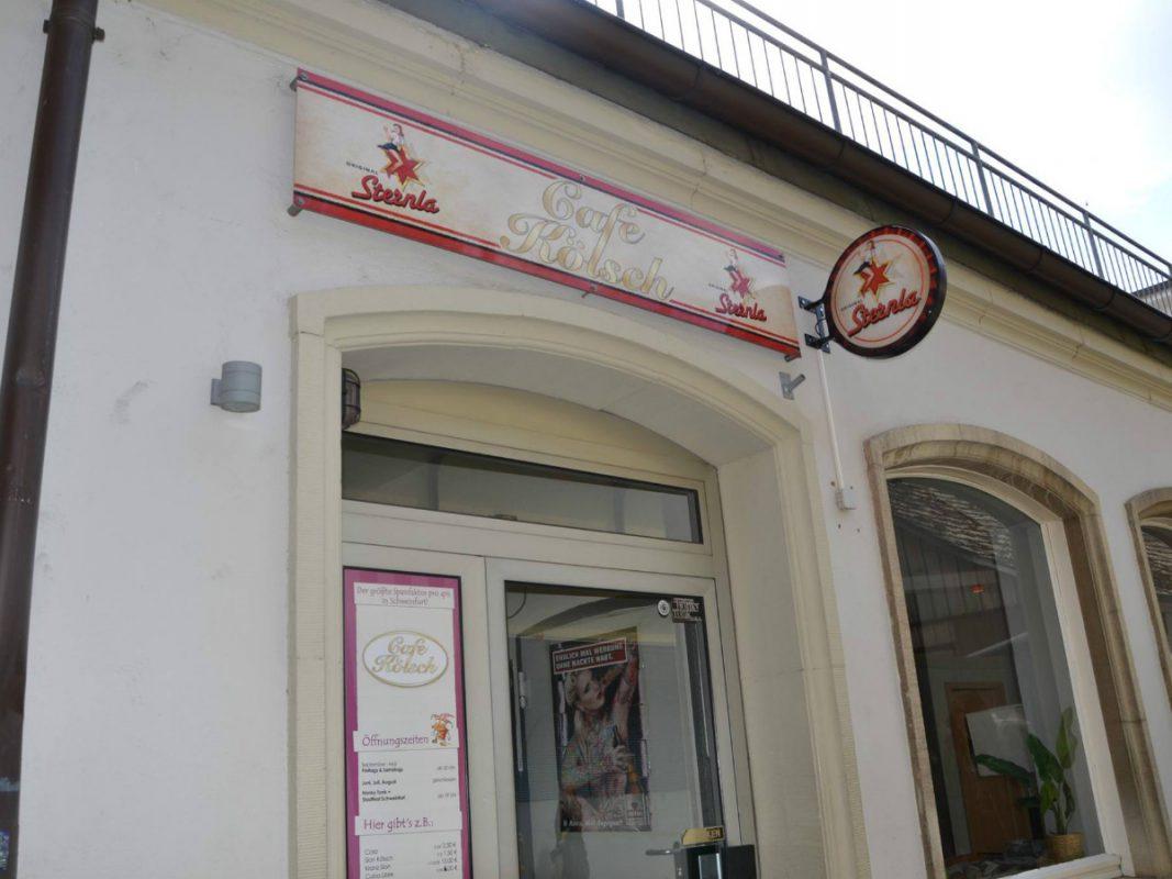 Das Cafe Kölsch direkt am Marktplatz. - Foto: Sabrina Muth