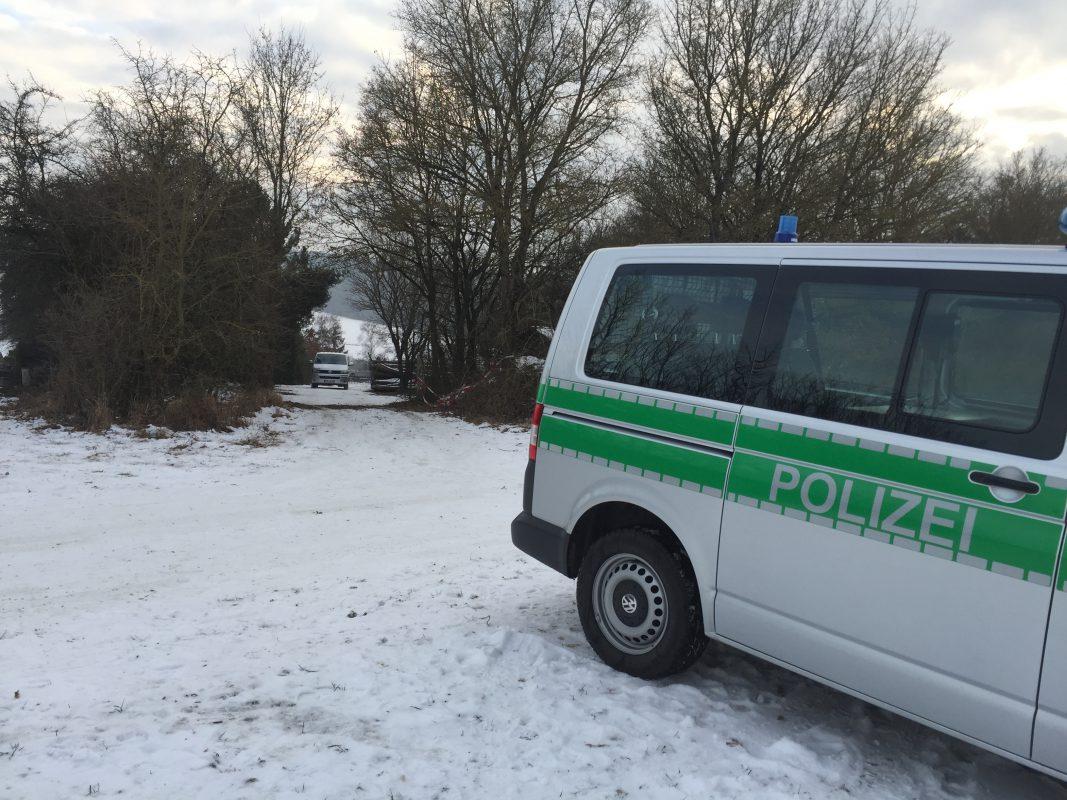 Sechs junge Erwachsene wurden Sonntagvormittag leblos in einem Gartenhaus in Arnstein aufgegfunden -Foto: Pascal Höfig