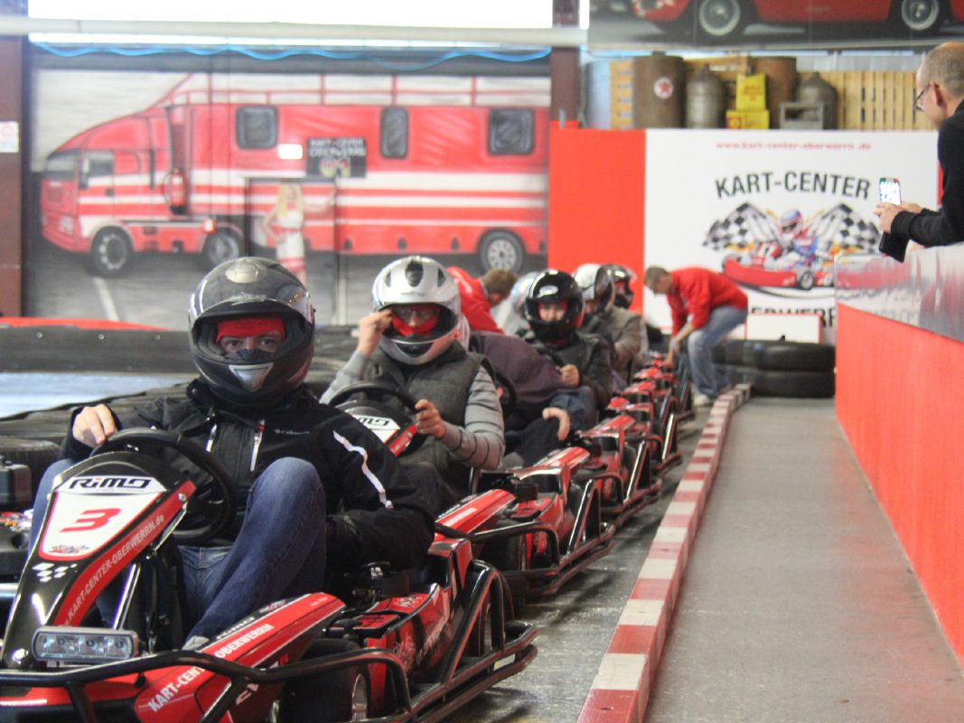 Gas geben beim Kart fahren. Foto: Kart-Event-GmbH Oberwerrn