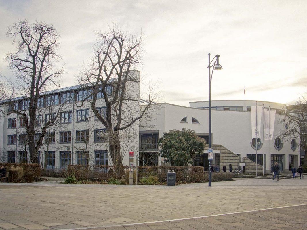 Landratsamt von Stadt und Landkreis Schweinfurt. – Foto: Dominik Ziegler