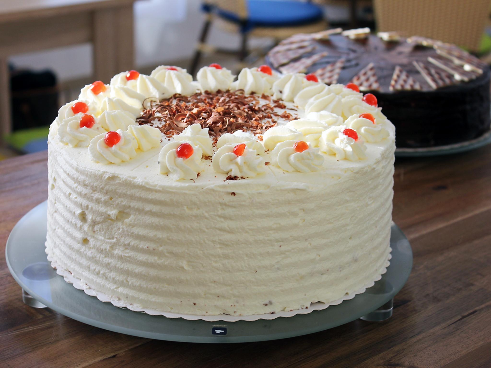Erfüllt individuelle Wünsche: Das RAW-Café backt auf Bestellung auch Torten, Kuchen und Gebäck für Hochzeiten, Geburtstage, Jubiläen, Taufen und andere Feierlichkeiten. Foto: Reto Glemser
