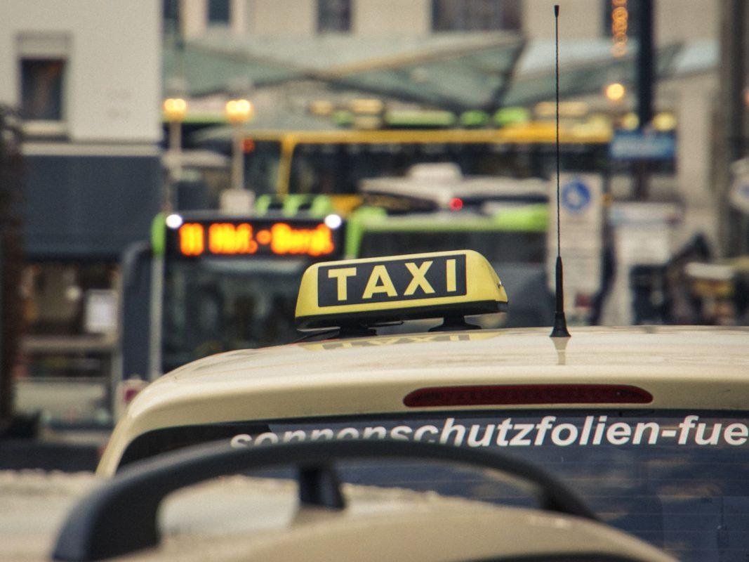 Symbolfoto Taxi in Schweinfurt – Foto: Dominik Ziegler
