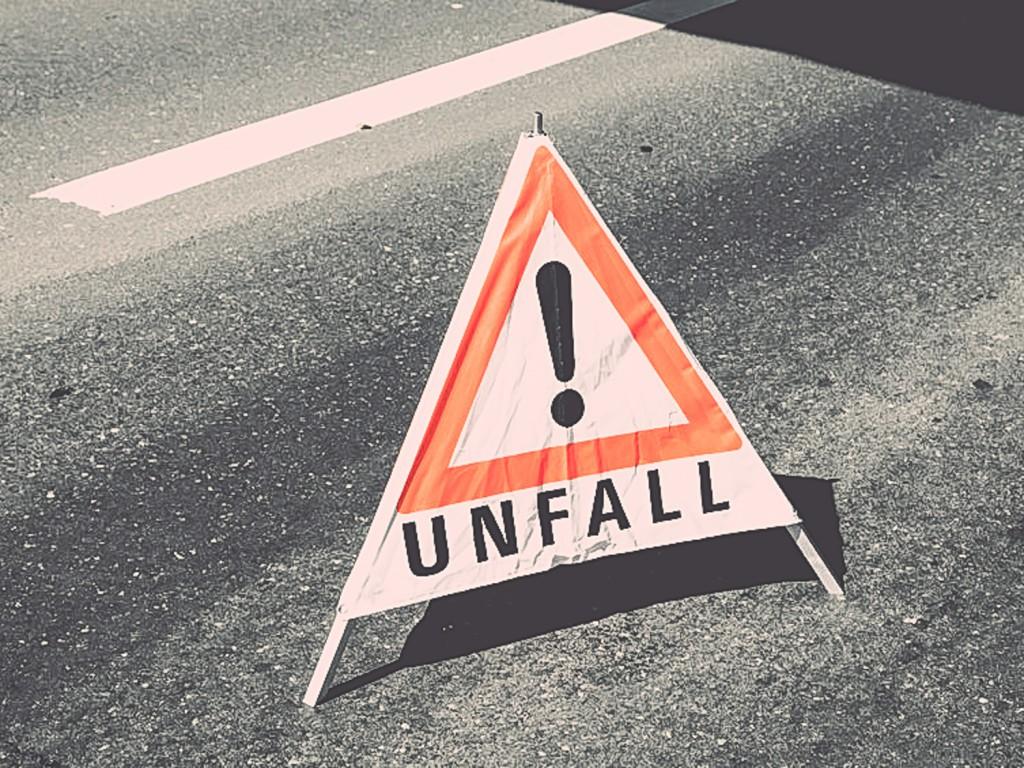 Unfall-Schild – Symbolbild: Pascal Höfig