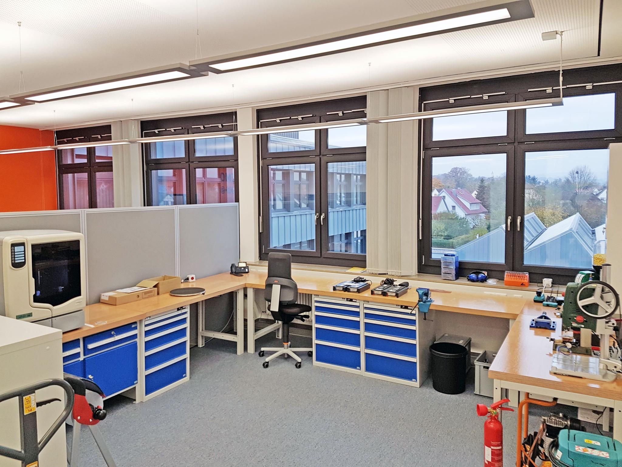 Werkstatt mit 3D-Drucker. Foto: FHWS