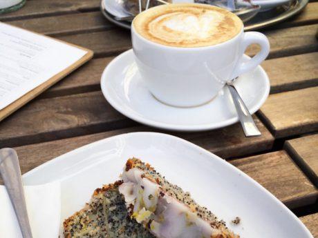 Lecker Kaffee und Kuchen. Symbolfoto: Meliz Kaya