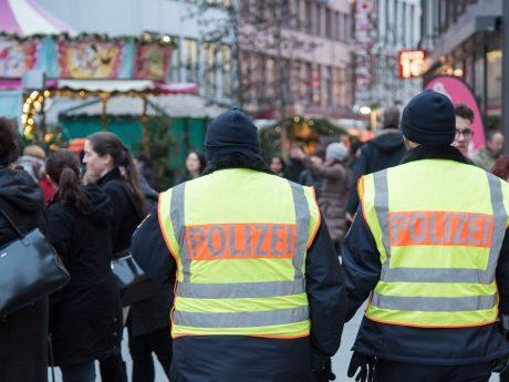 Die Polizei hat ihre Präsenz auf den Märkten im Vorfeld erhöht. Foto: Pascal Höfig