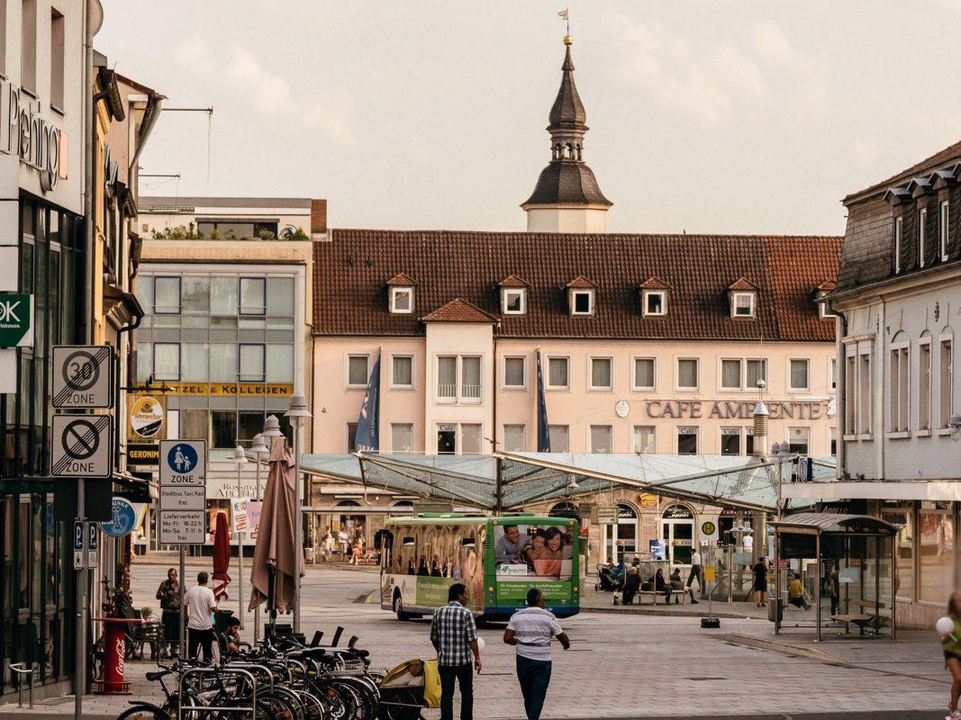 Blick auf den Rossmarkt in Schweinfurt. Foto: Pascal Höfig
