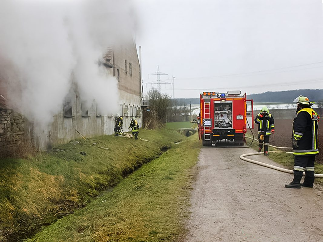 Drei Bewohner wurden bei dem Brand leicht verletzt. Foto: Stützpunktfeuerwehr Werneck