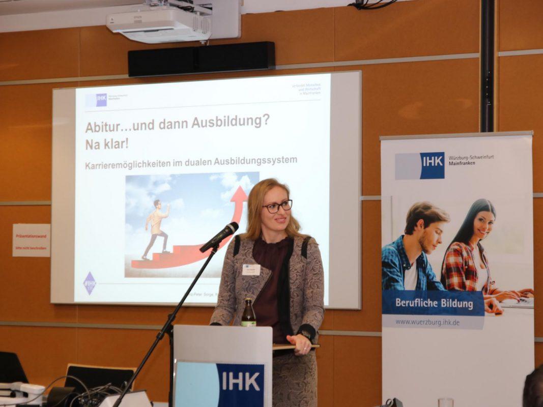 IHK-Vortrag zum Thema: Ausbildung mit Abitur. Foto: IHK / Heinz-Peter Sorge