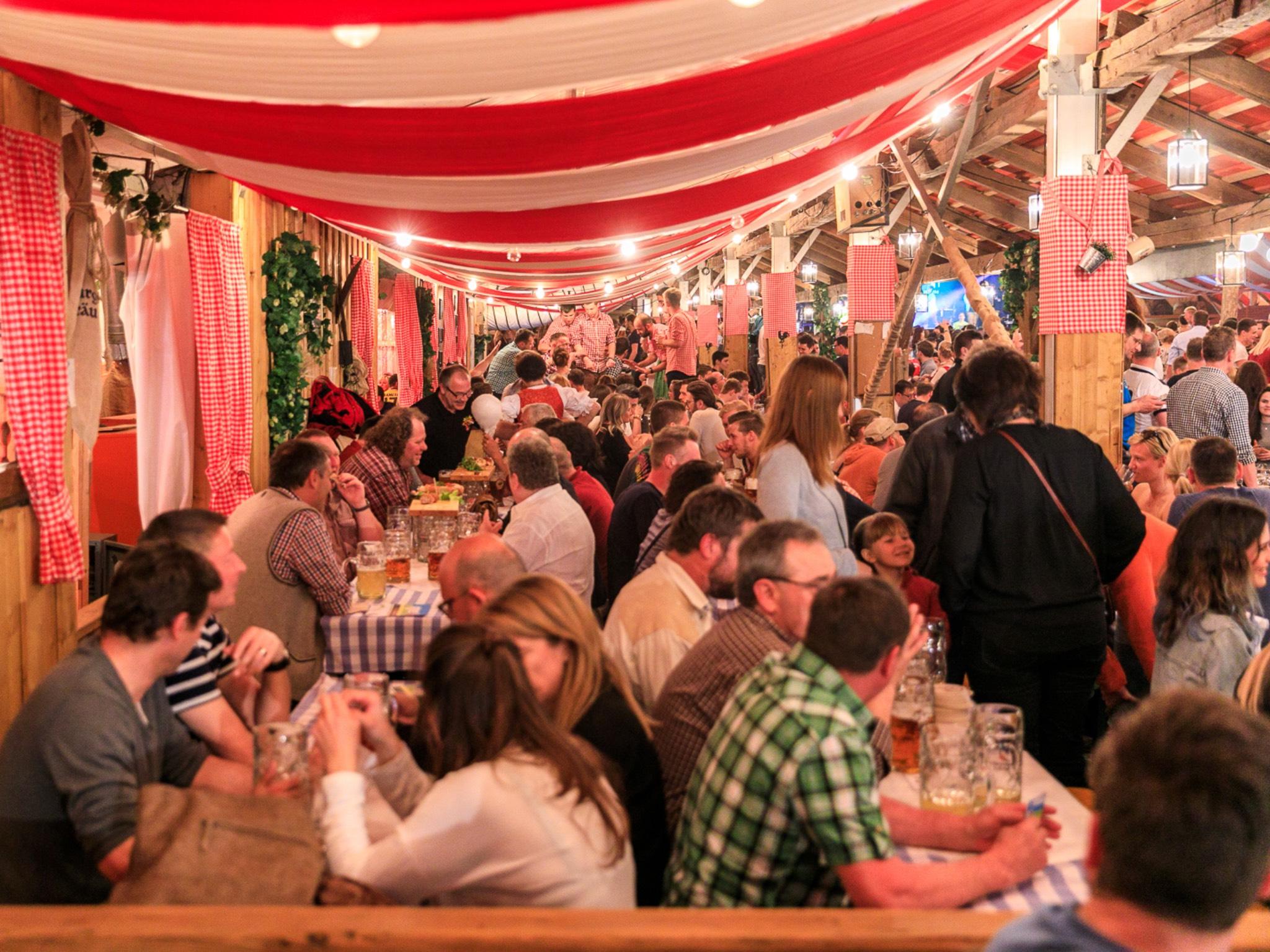 Tradition erleben im Hahn Festzelt. Foto: Andreas Kneitz
