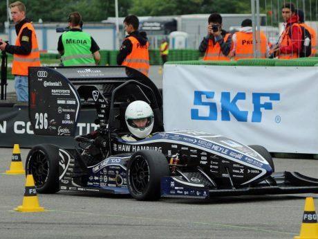 """Zur Vorbereitung auf die Formula Student Germany hat SKF zum """"Pit Stop"""" gerufen. Foto: SKF"""
