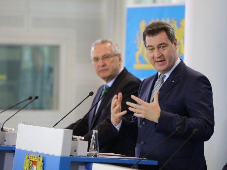 """Ministerpräsident Dr. Markus Söder: """"Wir packen an. Der Schutz der bayerischen Bevölkerung ist zentrale Aufgabe der Bayerischen Staatsregierung."""" Foto: Bayerische Staatskanzlei"""