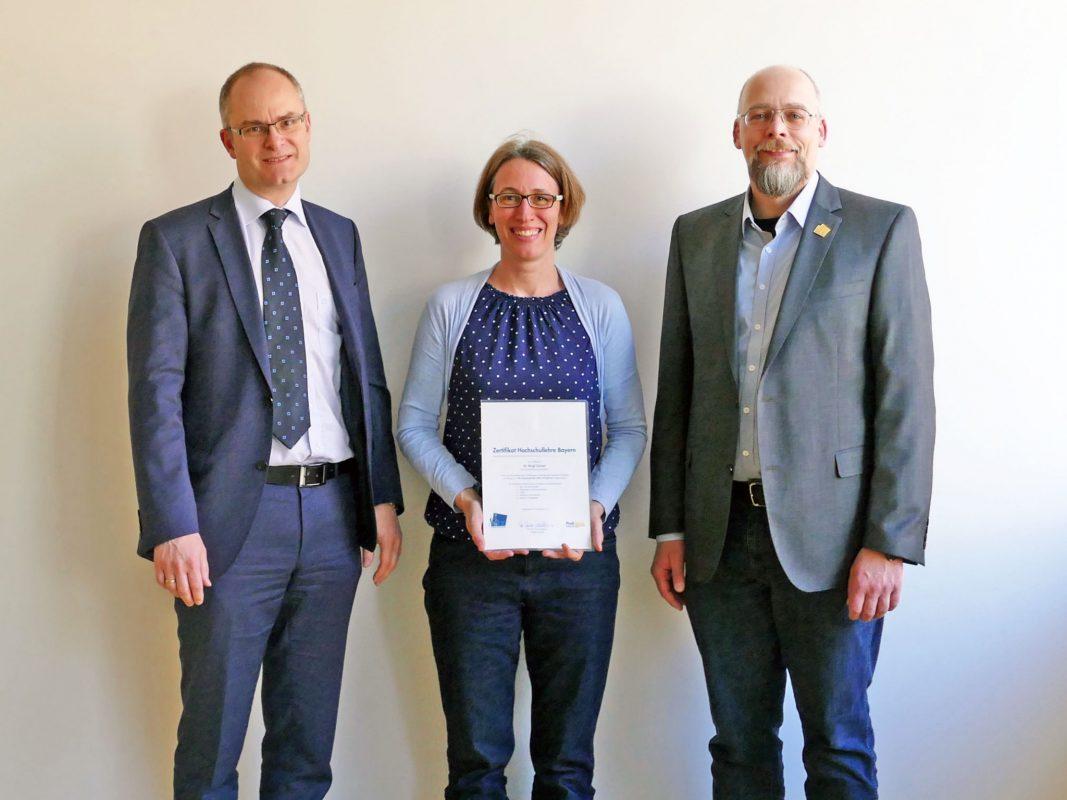 Professor Dr. Ralf Roßkopf (li.), Professorin Dr. Birgit Gampl und Professor Dr. Thomas Blotevogel. Foto: FHWS / Klein