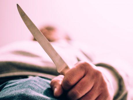 Angriff mit einem Messer. Foto: Pascal Höfig