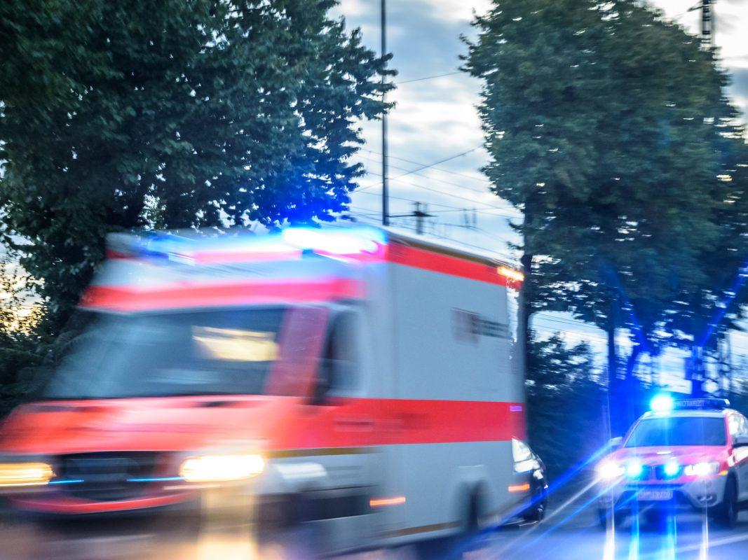 Rettungsdienst und Notarzt im Einsatz.Symbolfoto: Pascal Höfig