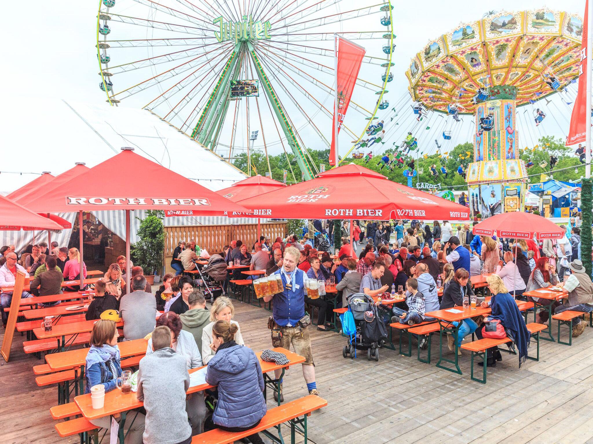 Festliche Atmosphäre im Hahn Zelt! Foto: Hahn Zelt + Catering GmbH