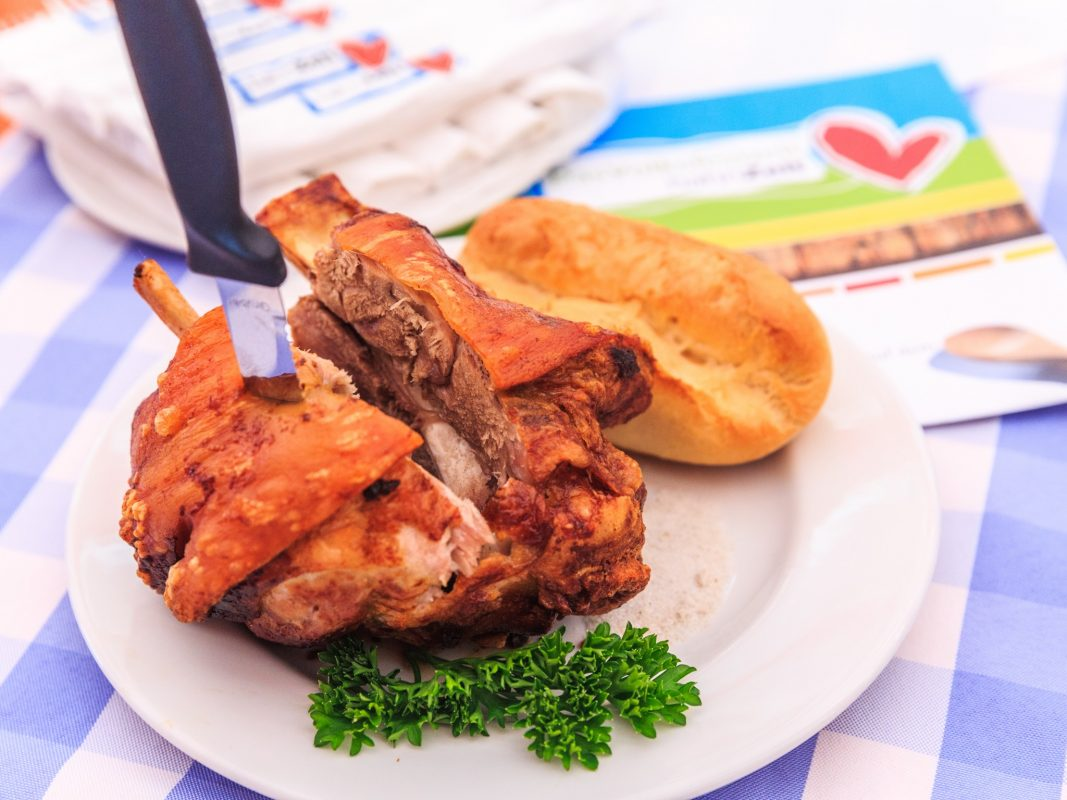 Jetzt mitmachen und das Volksfestfinale im Hahn Zelt genießen! Foto: Hahn Zelt + Catering GmbH