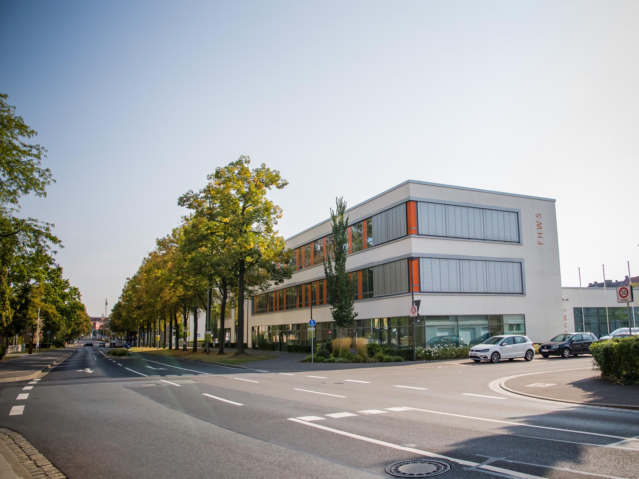 Das Gebäude der FHWS in Schweinfurt. Foto: Pascal Höfig