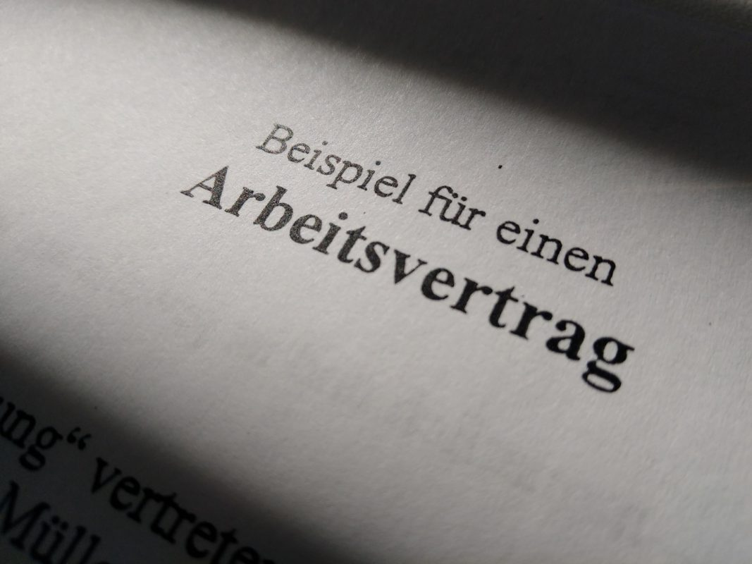 Symbolbild: Vertrag. Foto: Fabian Maier