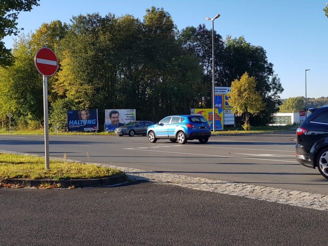 Die SPD fordert einen Kreisverkehr am Schonunger Buchental. Foto: Markus Hümpfer