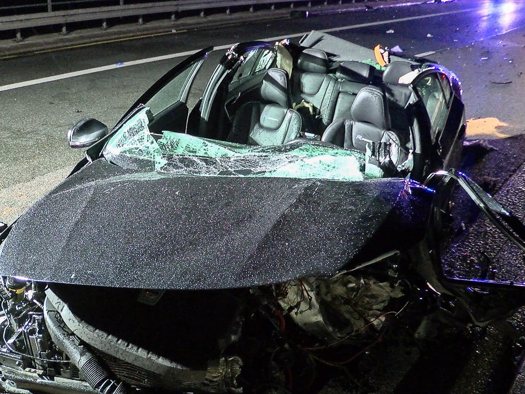 Die 25-jährige Fahrerin des Volvo war eingeklemmt und musste von der Feuerwehr zunächst befreit werden. Foto: Pascal Höfig