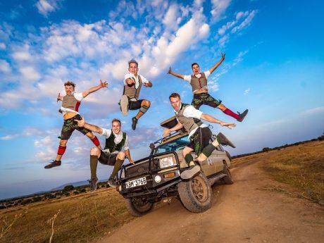Breakdance-Weltmeister DDC aus Schweinfurt in Afrika.