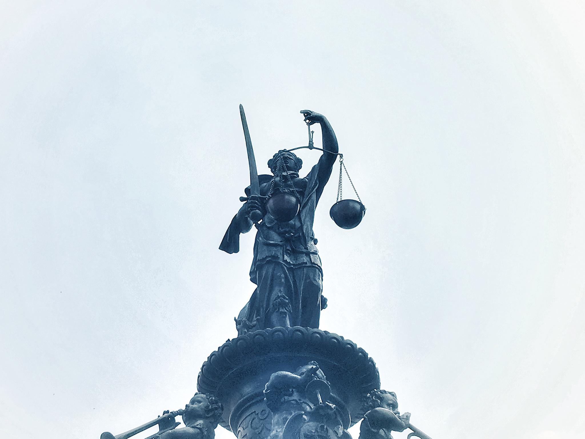 GLOBAL - Gericht, Recht, Justiz,