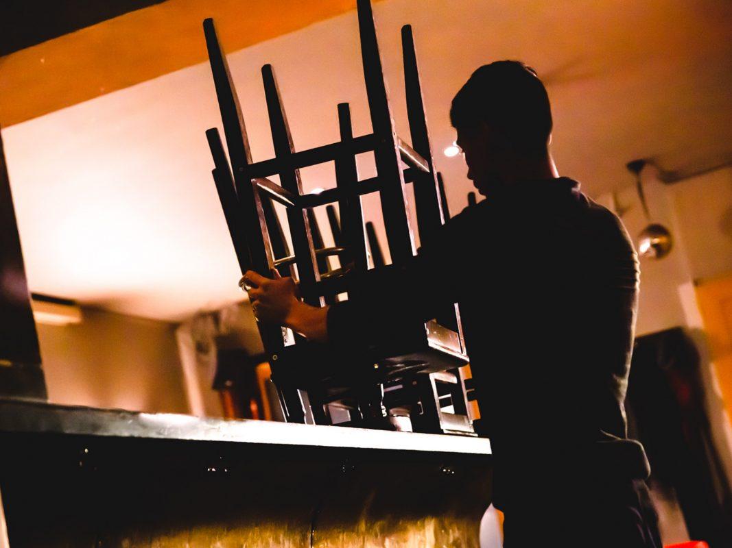 Dunkle Seite der Branche: In vielen Kneipen, Restaurants und Hotels wird noch immer der Mindestlohn unterlaufen. Foto: NGG