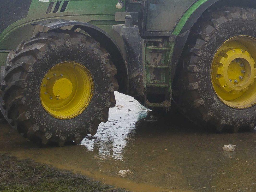 Traktor. Symbolfoto: Dominik Ziegler