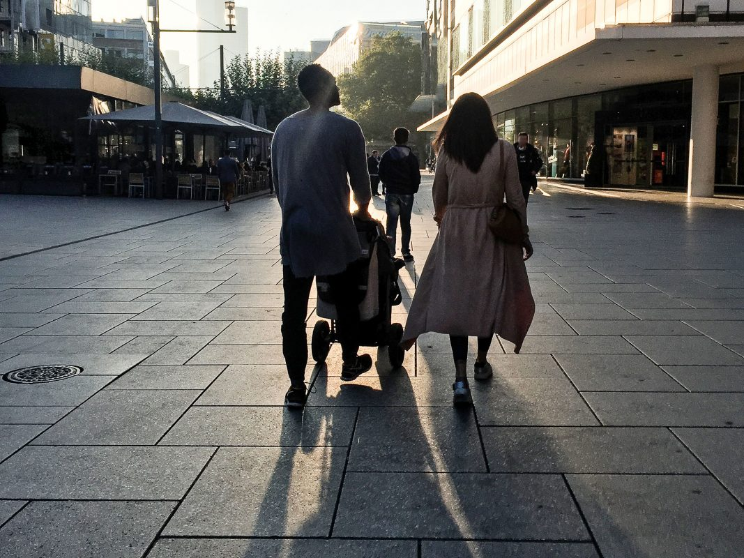 Familie mit Kindern. Symbolfoto: Pascal Höfig