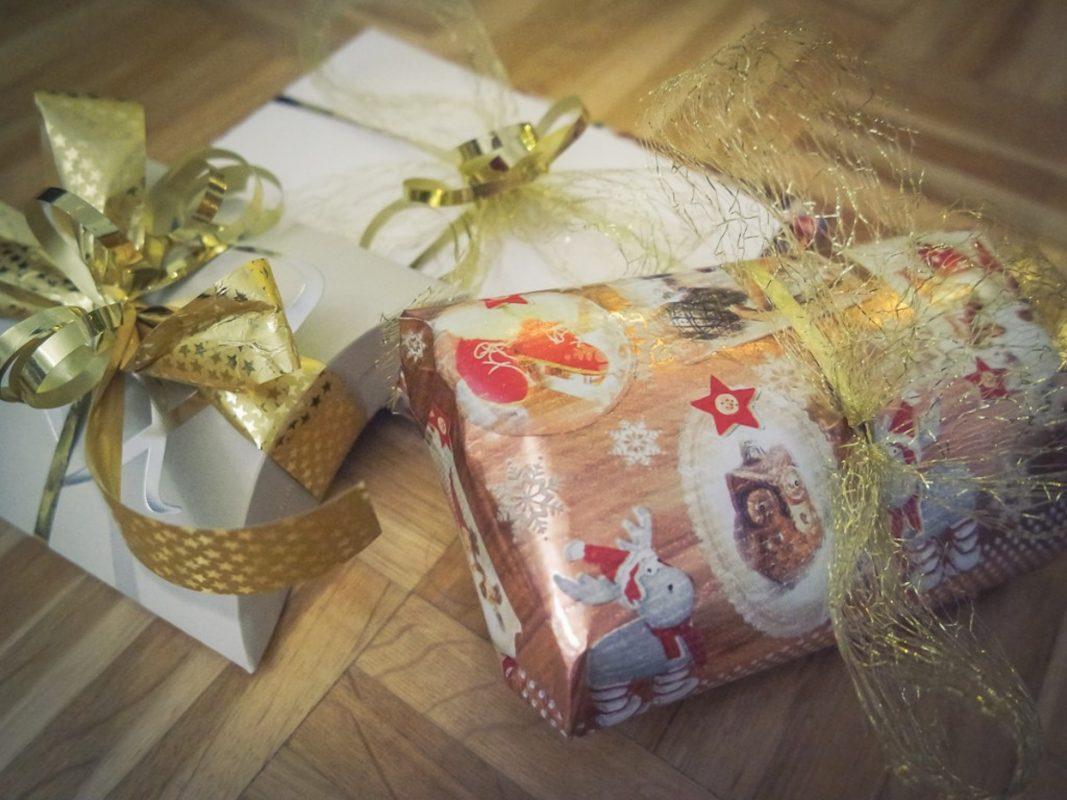 Weihnachtsgeschenke. Foto: Sabine Brummer