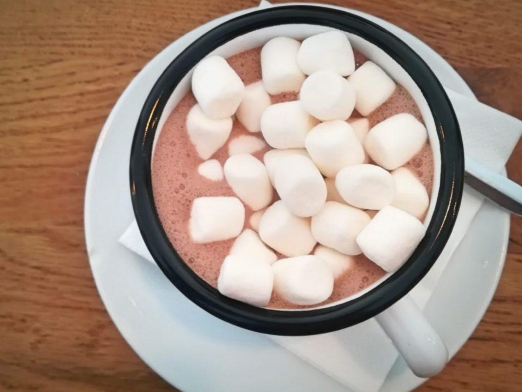Wo gibt's die beste heiße Schokolade in Schweinfurt? Foto: Jessica Hänse