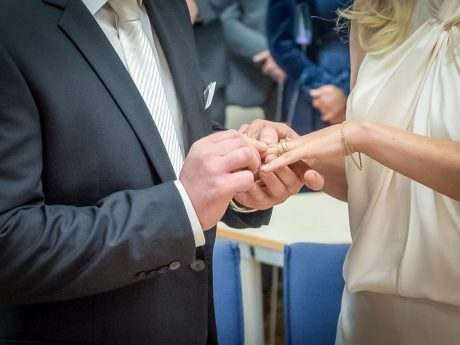 Damit die Hochzeit zu einem unvergesslichen Erlebnis wird, gibt es ein paar kreative Ideen. Foto: Pascal Höfig