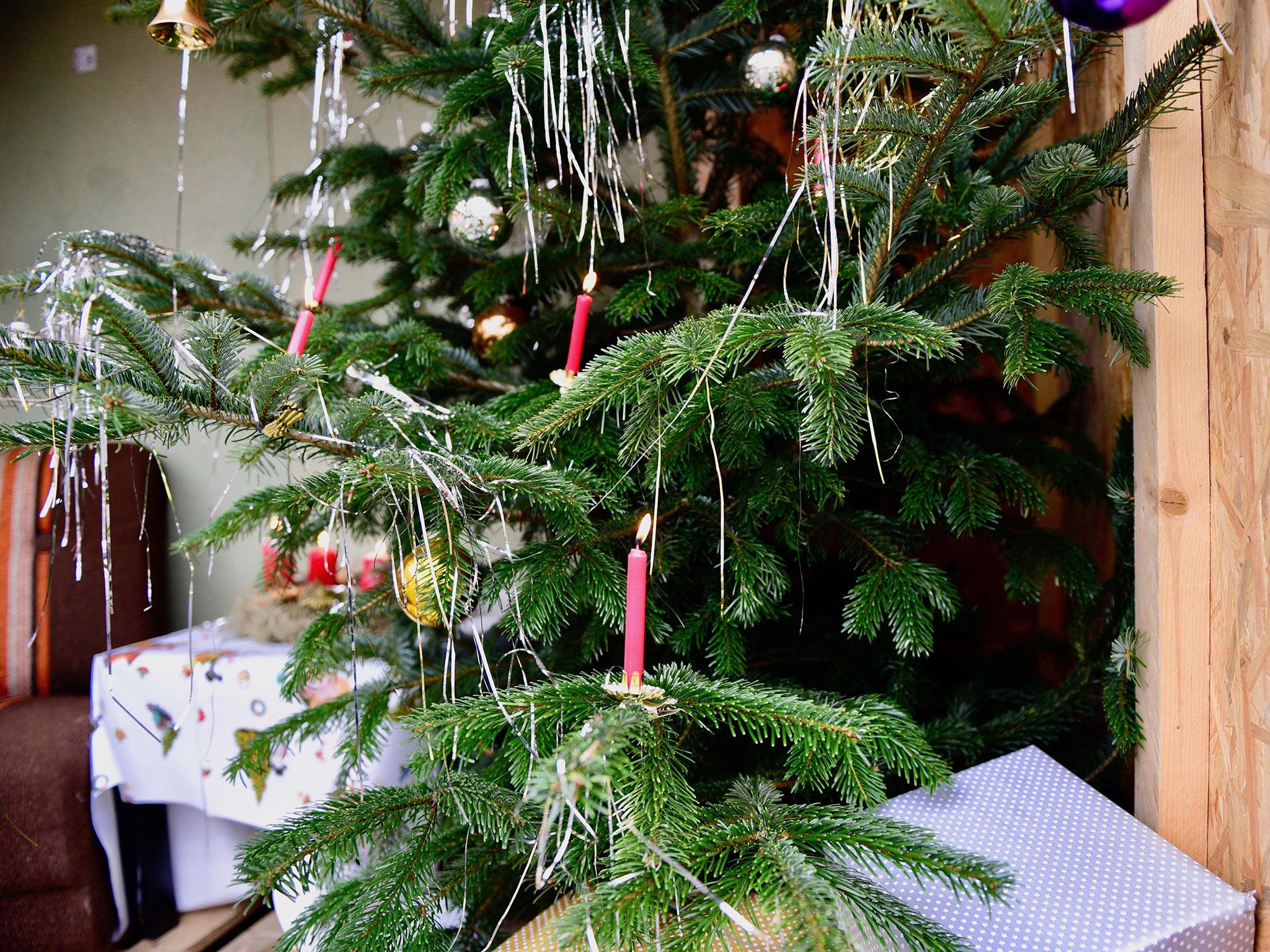 Advent, Advent, der Christbaum brennt... Foto: Feuerwehr Volkach / Hornung