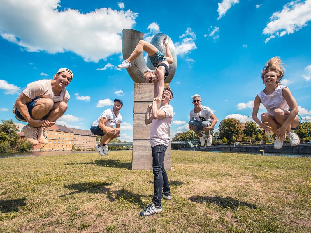 Breakdance der Extraklasse - die DDC Tänzer aus Schweinfurt. Foto: Schweinfurter Weltmeister - Die Breakdance Gruppe DDC. Foto: Raphael Götz, DDC.
