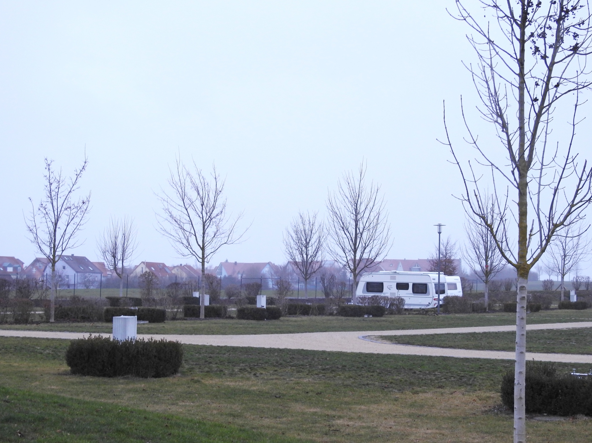 80 Plätze für Wohnwagen und Wohnmobilde sowie 20 Zeltplätze gibt es am Stadtcamping Schweinfurt. Foto: Dirk Flieger