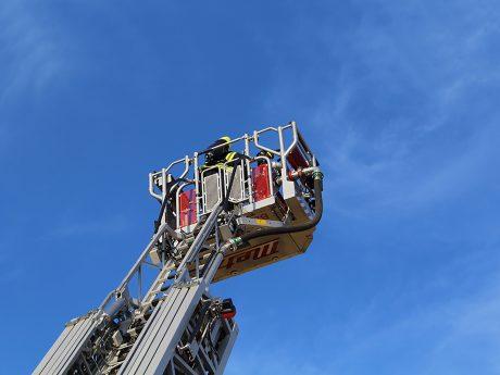 Drehleiter der Feuerwehr Foto: Pascal Höfig