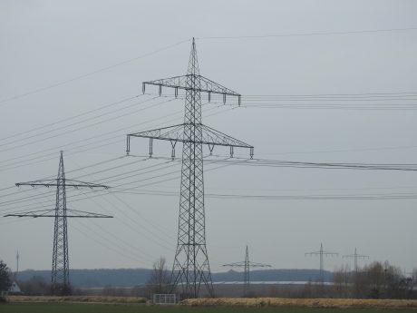 Symbolbild Überlandleitungen. Foto: Dirk Flieger