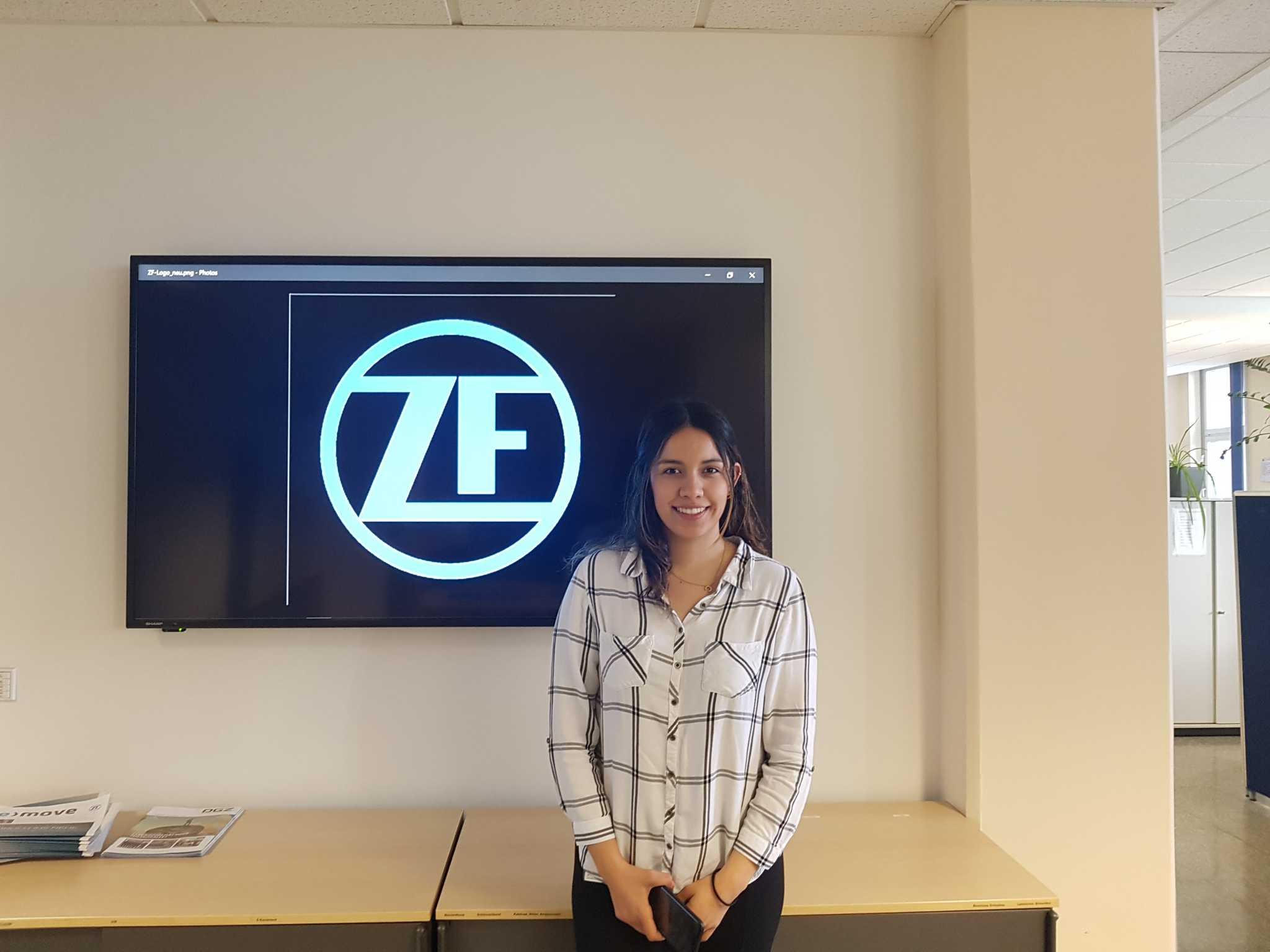 Carolina Torres arbeitet bei ZF und studiert an der FHWS. Foto: Carolina Torres