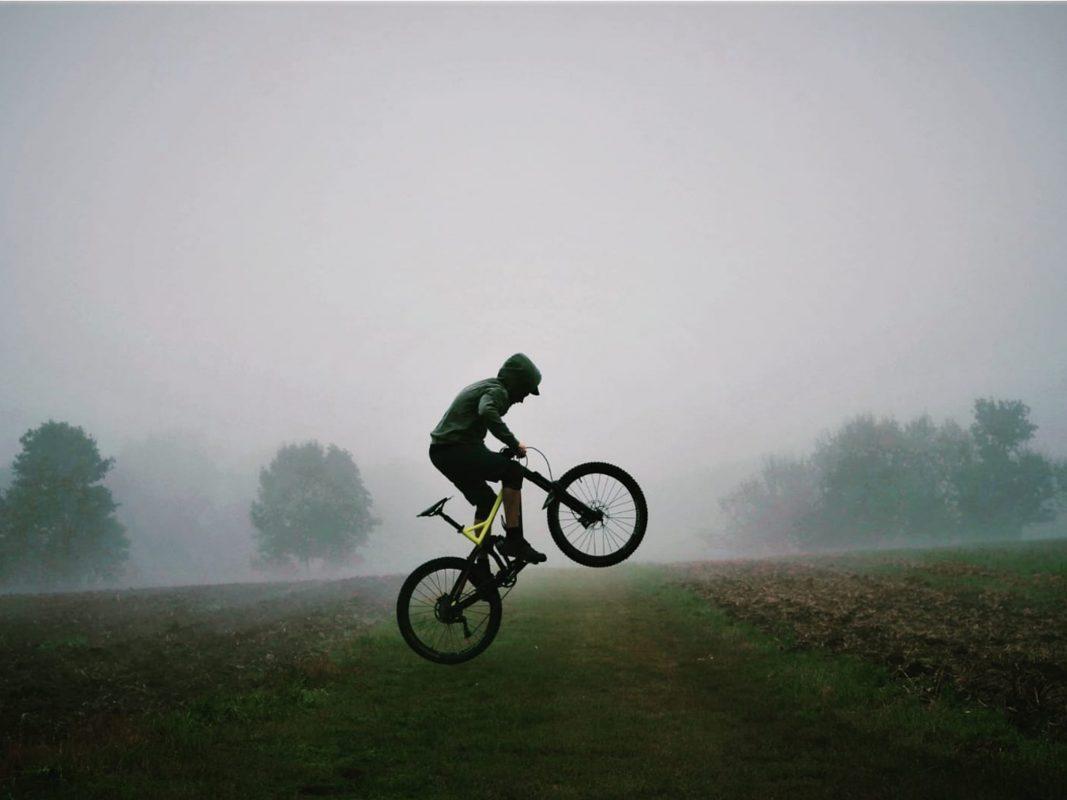 Mountainbiken ist Jonathans Leidenschaft. Foto: Jonathan Reinhart.