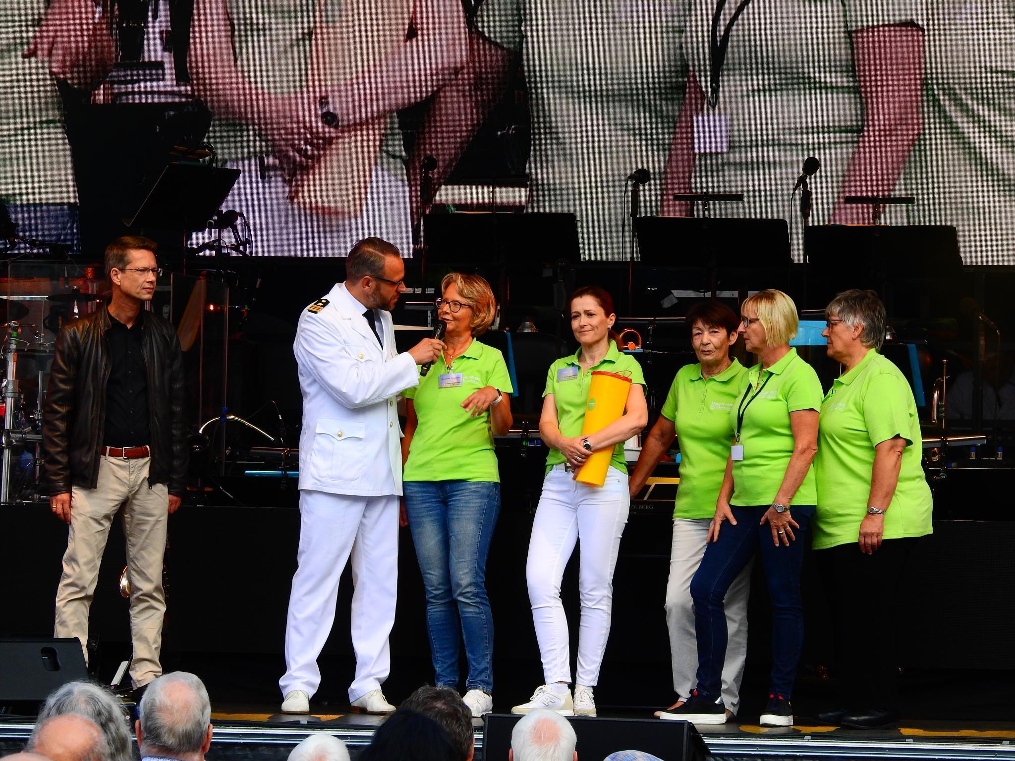 Der Hospizverein kann sich über 17.557,44 Euro Spenden freuen. Foto: Dirk Flieger
