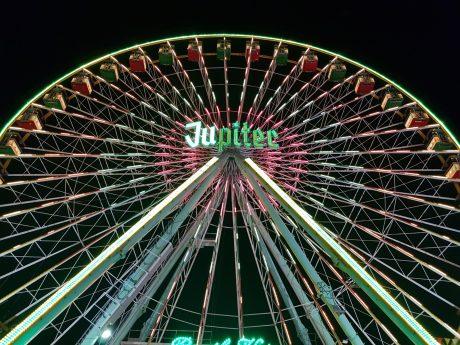 Das Riesenrad auf dem Volksfest. Foto: Dirk Flieger