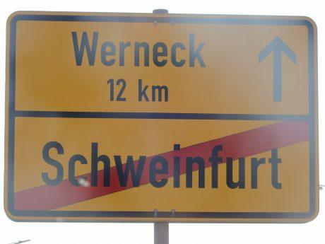 Ortsausgangschild von Schweinfurt. Foto: Dirk Flieger