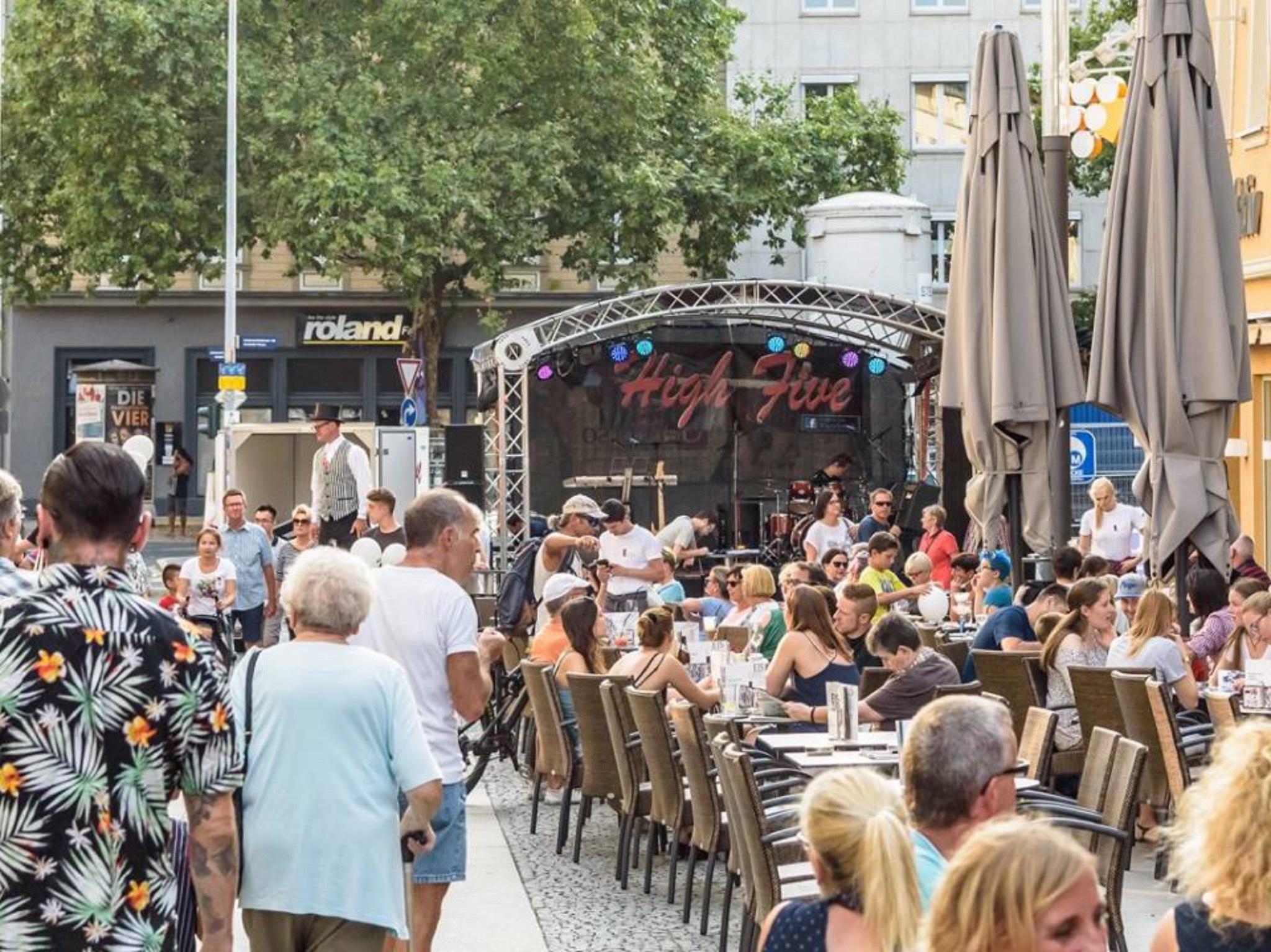 High Five war schon 2017 auf dem Schweinfurter Stadtfest. Foto: Pascal Höfig