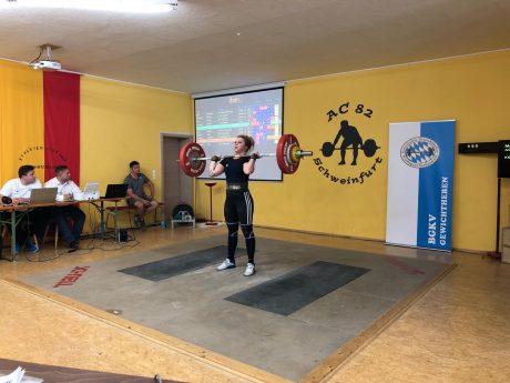 Ekaterina Marchenko: Die Bayerische Meisterin der Frauen -71 kg verbessert die Unterfrankenrekorde und qualifiziert sich für die Deutsche Meisterschaft. Foto: AC 82 Schweinfurt