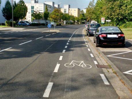 Neumarkierung der Radverkehrsführung in der Kurt-Schuhmacher-Straße. Foto: Fritz Hebert, Stadt Schweinfurt