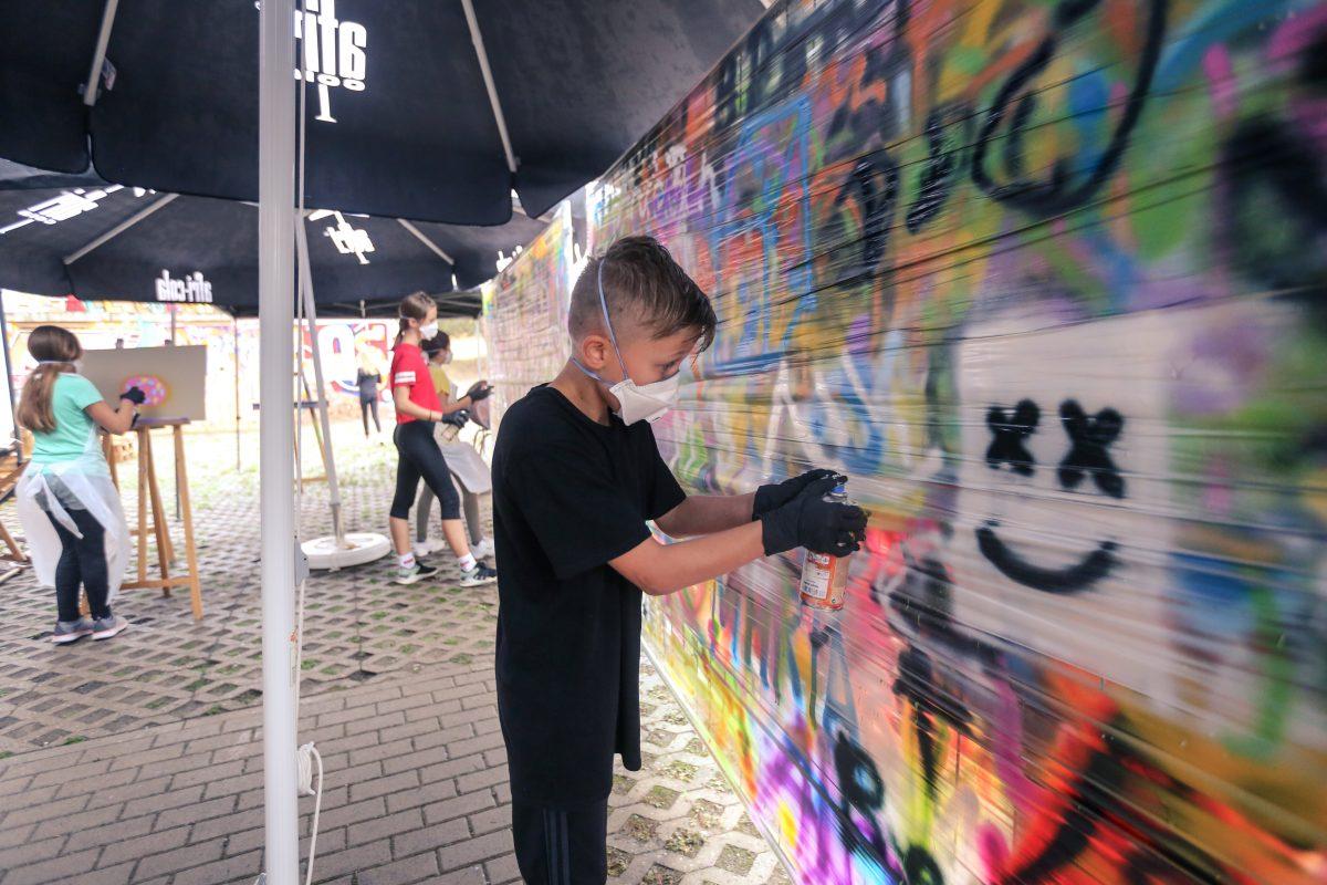 Beim Graffiti-Workshop konnten sich die Schüler austoben. Foto: DDC Factory