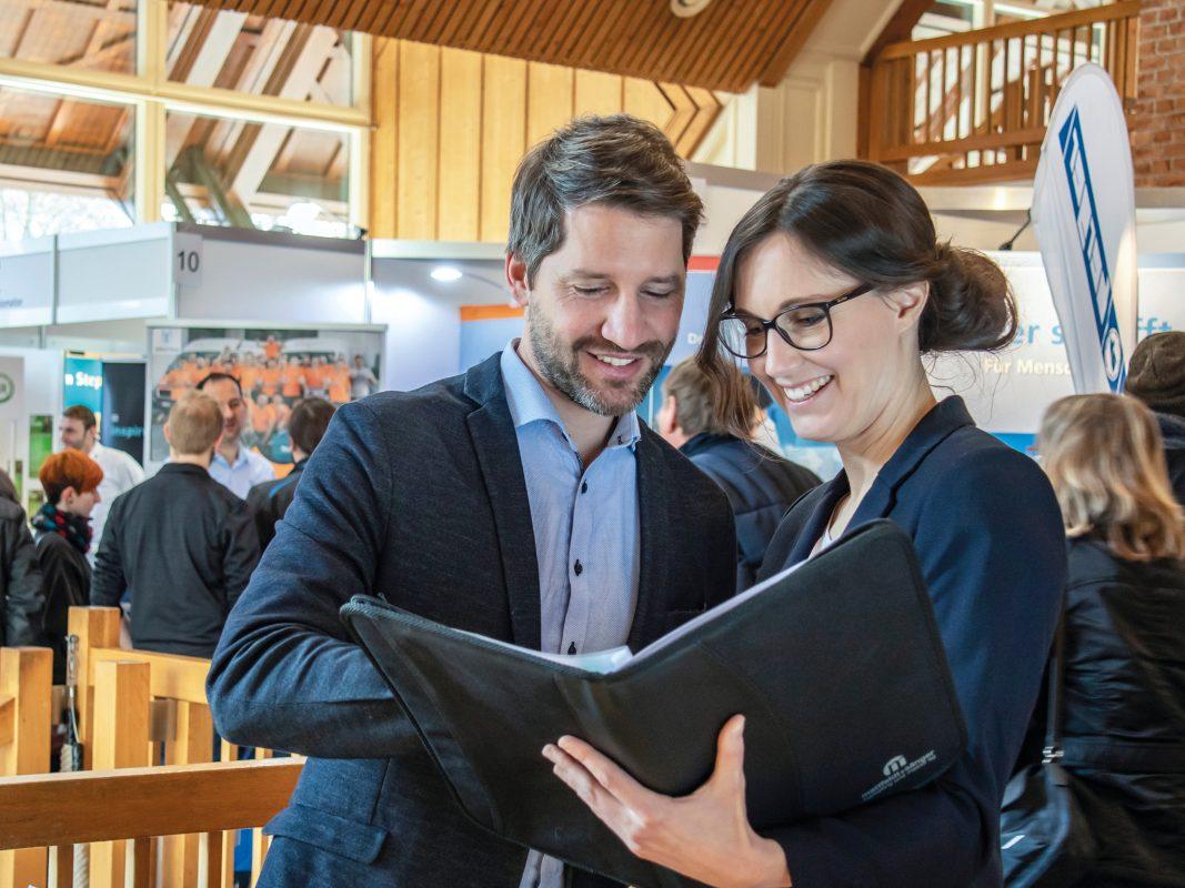 Beim Karriere-WarmUp erhält man viele Tipps und Tricks, damit es mit der nächsten Bewerbung sicher klappt. Foto: Mattfeldt & Sänger Marketing und Messe AG